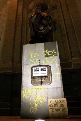 Blasfemia-a-Dios-catedral-santiago-chile