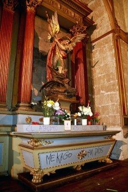 Catedral-Santiago-Chile-atacada