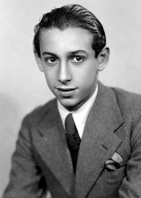 Rafael García Serrano de Joven