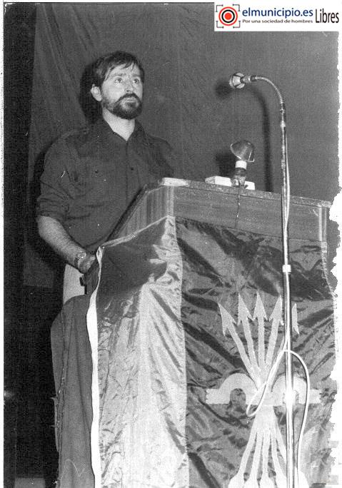 Pedro-Conde-Soladana-discurso-Bandera-de-falange