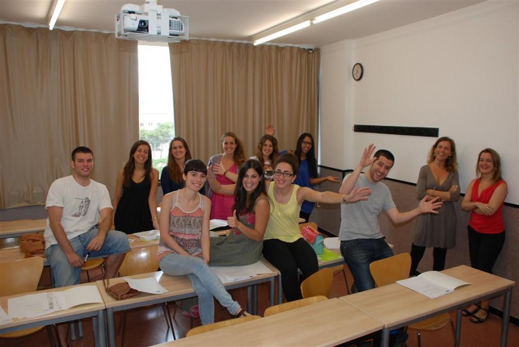 Alumnos-con-beca-de-Estudios