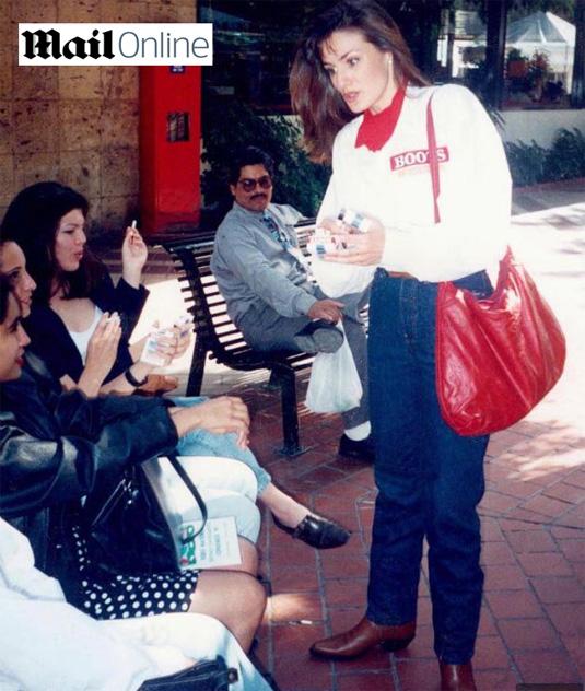 Doña-Letizia-vendiendo-tabaco-mexico
