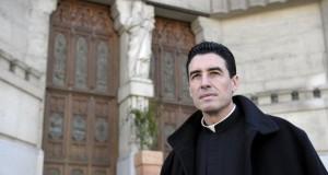 El Cura de Ars (Francia) multiplica los fieles en un barrio islámico