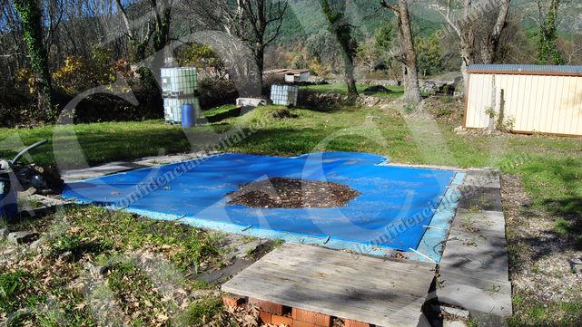 piscina-casa-ecologica-pablo-iglesias