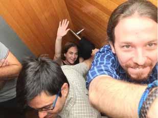 Pablo-Iglesias-encerrado-ascensor-Ada-colau