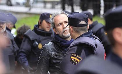 Willy Toledo detenido por la Policía