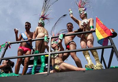 gays-desnudos