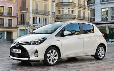 Toyota-Yaris-Coche
