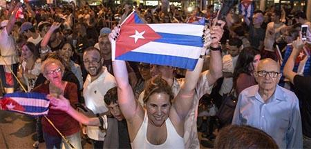 exiliados-cubanos-miami-muerte-fidel