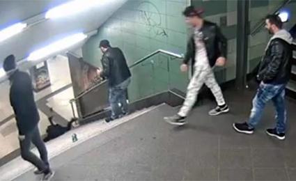 agresores-musulmanes-chica-metro-berlin