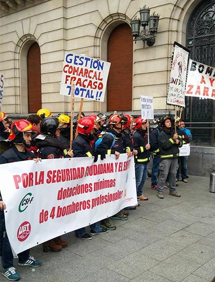 manifestación-bomberoa-aragon