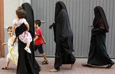 mujeres-islam-ayudas-sociales