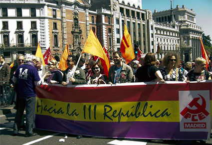 bandera-republica-manifestacion