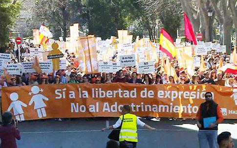 hazteOir-manifestacion-libertad-expresion-madrid