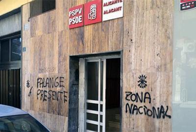 Sede del PSOE de Alicante, con pintadas