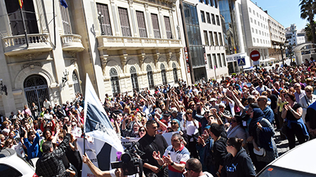 manifestacion-contra-inmigracion-ceuta1