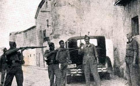 Milicianos-fusilan-preso-politico