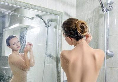 mujer-ducha