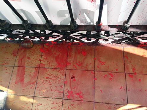 atacan sede Falange Española de las JONS