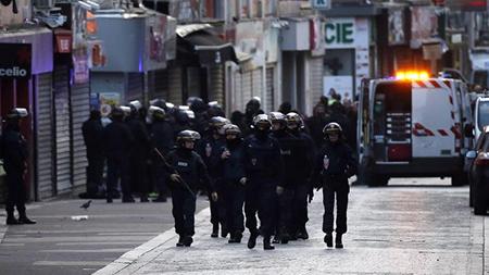 atropello París militares
