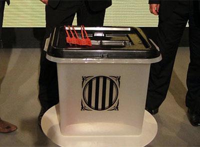 urnas referéndum ilegal Cataluña