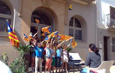 Adoctrinamiento en Cataluña