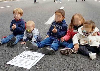 Bebés y niños utilizados como piquetes