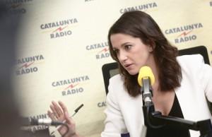 Inés Arrimadas se acerca a Falange Española