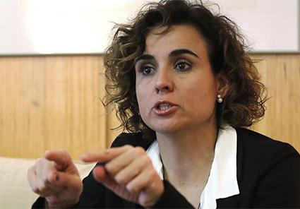 Ministra de Sanidad deja desprotegidos a los hombres maltratados por mujeres