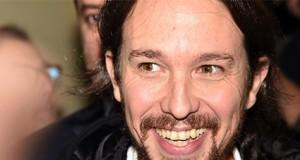 El líder de Podemos Pablo Iglesias sonriendo