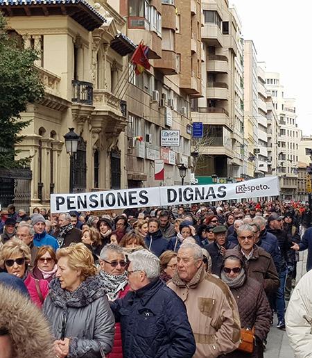 Iniciativa por Albacete en la manifestación por las pensiones dignas en Albacete