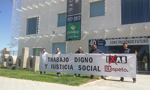 Iniciativa por Albacete - Pancarta en defensa de un trabajo digno y Justicia Social