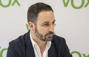 Santiago Abascal en una rueda de prensa de VOX