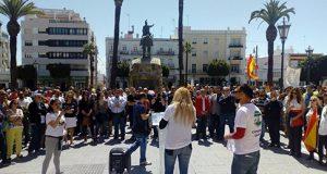 Hogar Social Cádiz concentración Tropa y Marinería
