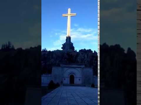 Santa Cruz del Valle de los Caídos el Sábado Santo