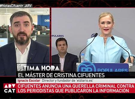 El director de eldiario.es Nacho Escolar y Cristina Cifuentes