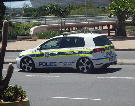 Policía de Sudafrica. Coche patrulla de la Policía en Sudafrica
