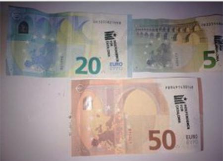 Billetes de 5, 20 y 50 euros marcados por los separatistas catalanes para internacionalizar el golpe contra España