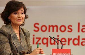 Carmen Calvo ministra del PSOE con Pedro Sánchez