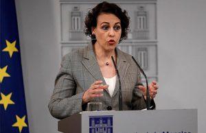 La ministra Magdalena Valerio en el Palacio de La Moncloa