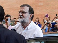 Mariano Rajoy entrando en su trabajo de Santa Pola