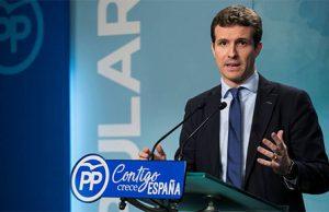 Pablo Casado en la sede del Partido Popular en una rueda de prensa con los medios de comunicacion
