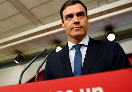 El socialista Pedro Sánchez en la sede del PSOE