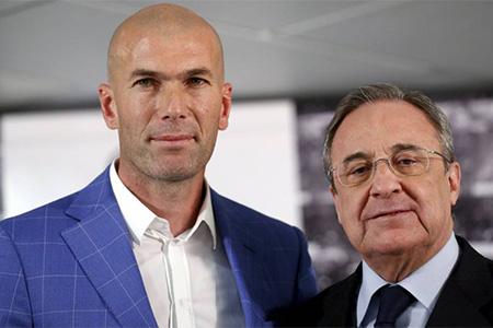 Zinedine Zidane junto a Florentino Pérez