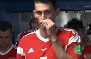 Un jugador Ruso esnifa amoniaco en el partido del Mundial contra Croacia