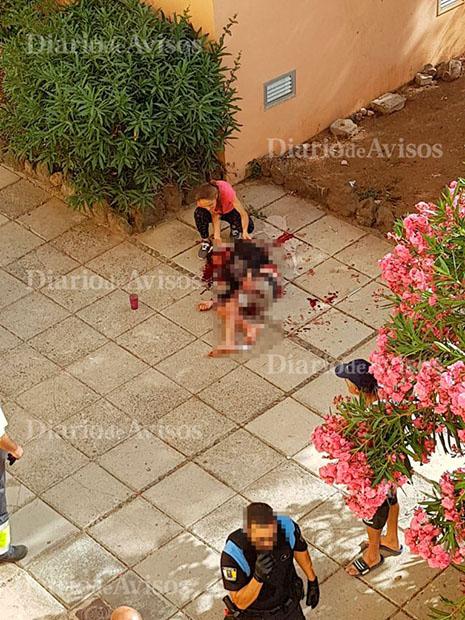 Una mujer mata a un joven en Arona- Joven asesinado en Arona