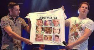 Andy & Lucas en el concierto camiseta niños asesinados