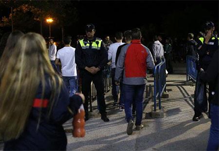 La policía en el recinto ferial de Majadahonda tras la violación a una joven