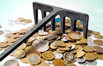 Dinero y rastrillo