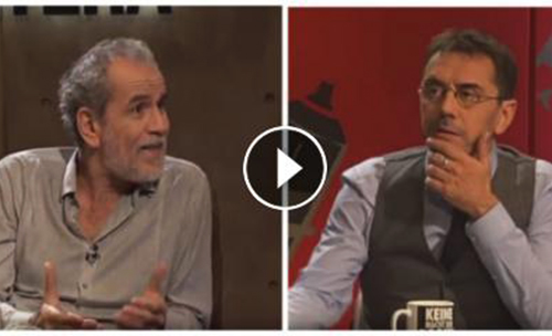 Juan Carlos Monedero y Willy Toledo en Público TV